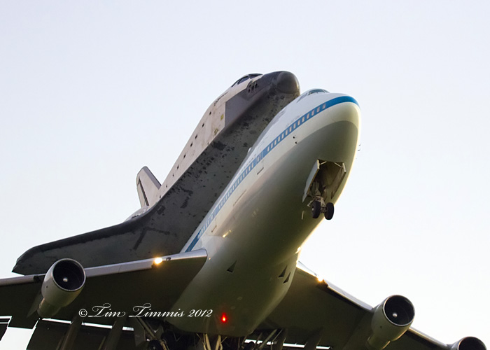 Space Shuttle Endeavor Taking off from Ellington Field ...
